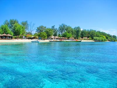10 Most Beautiful Islands Near Bali - Wowrange