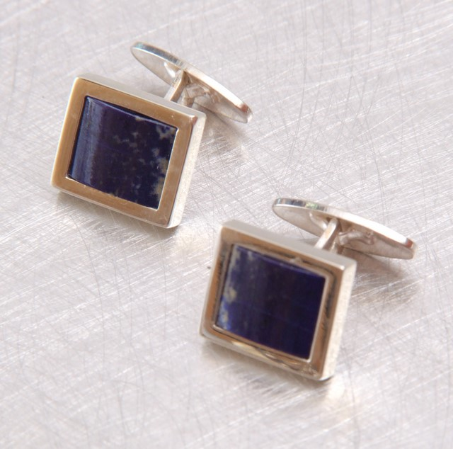 Srebrne spinki mankietowe z lapisem lazuli