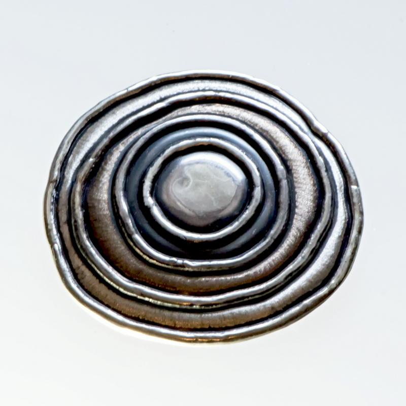 Srebrny broszko-wisior Saturn