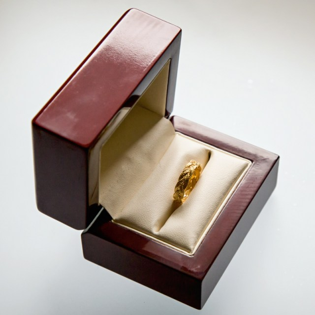 Złote lub srebrne obrączki Warkocz