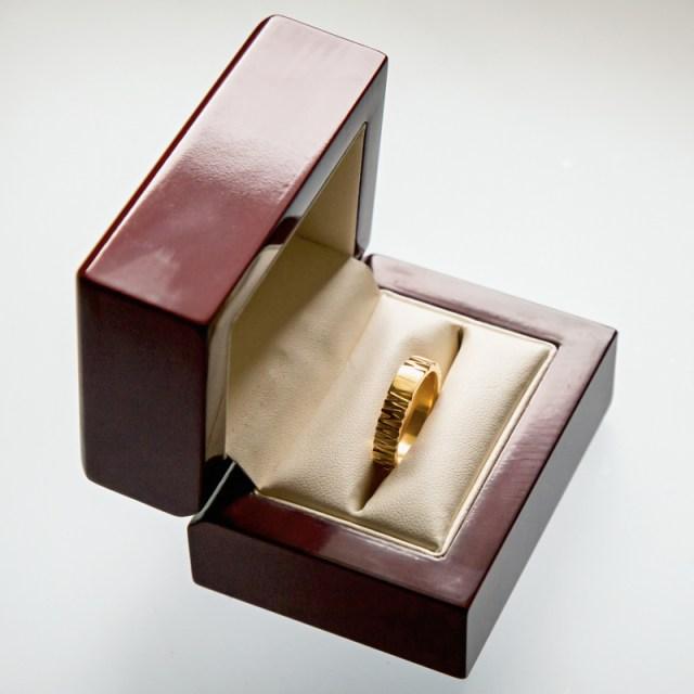 Złote lub srebrne obrączki Zygzak