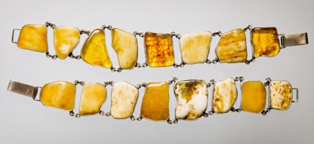 Srebrne bransolety z bursztynem