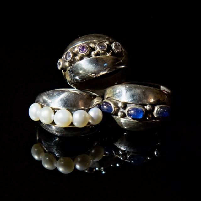 Srebrny pierścionek Pęknięty z kamieniami naturalnymi lub cyrkoniami