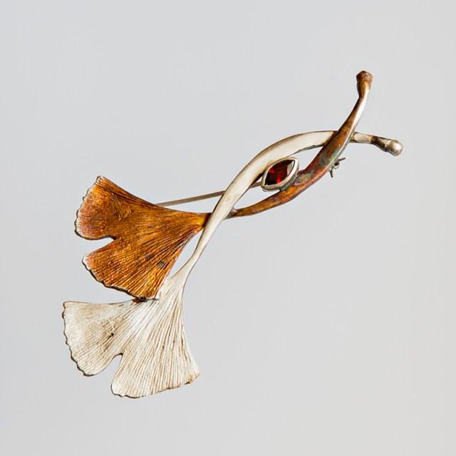 Srebrna broszka Podwójne Ginko z cyrkonią