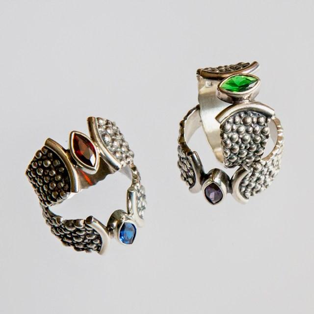 Srebrny pierścionek Płaszczka-Markiza z cyrkonią
