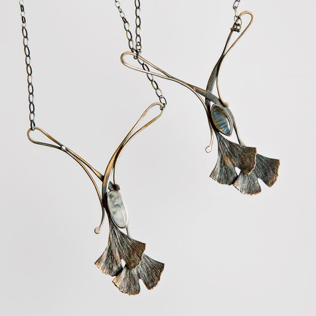 Srebrny naszyjnik Ginko z kamieniem naturalnym