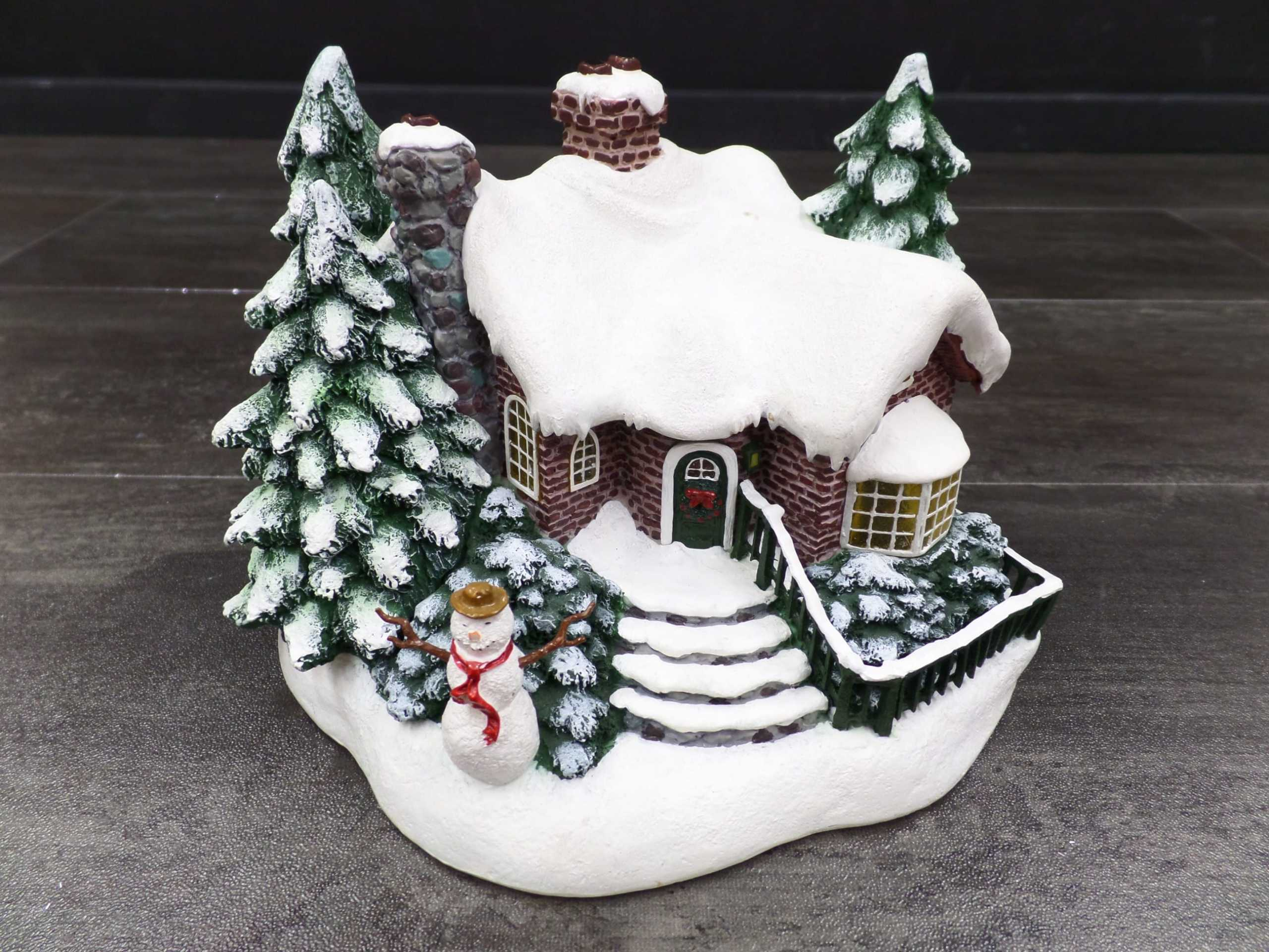 2002 THOMAS KINKADE CHRISTMAS VILLAGE HOUSE <br/> Donated by: WPBS SUPPORTER <br/> Valued at: $16 <br/> Buy It Now: $11