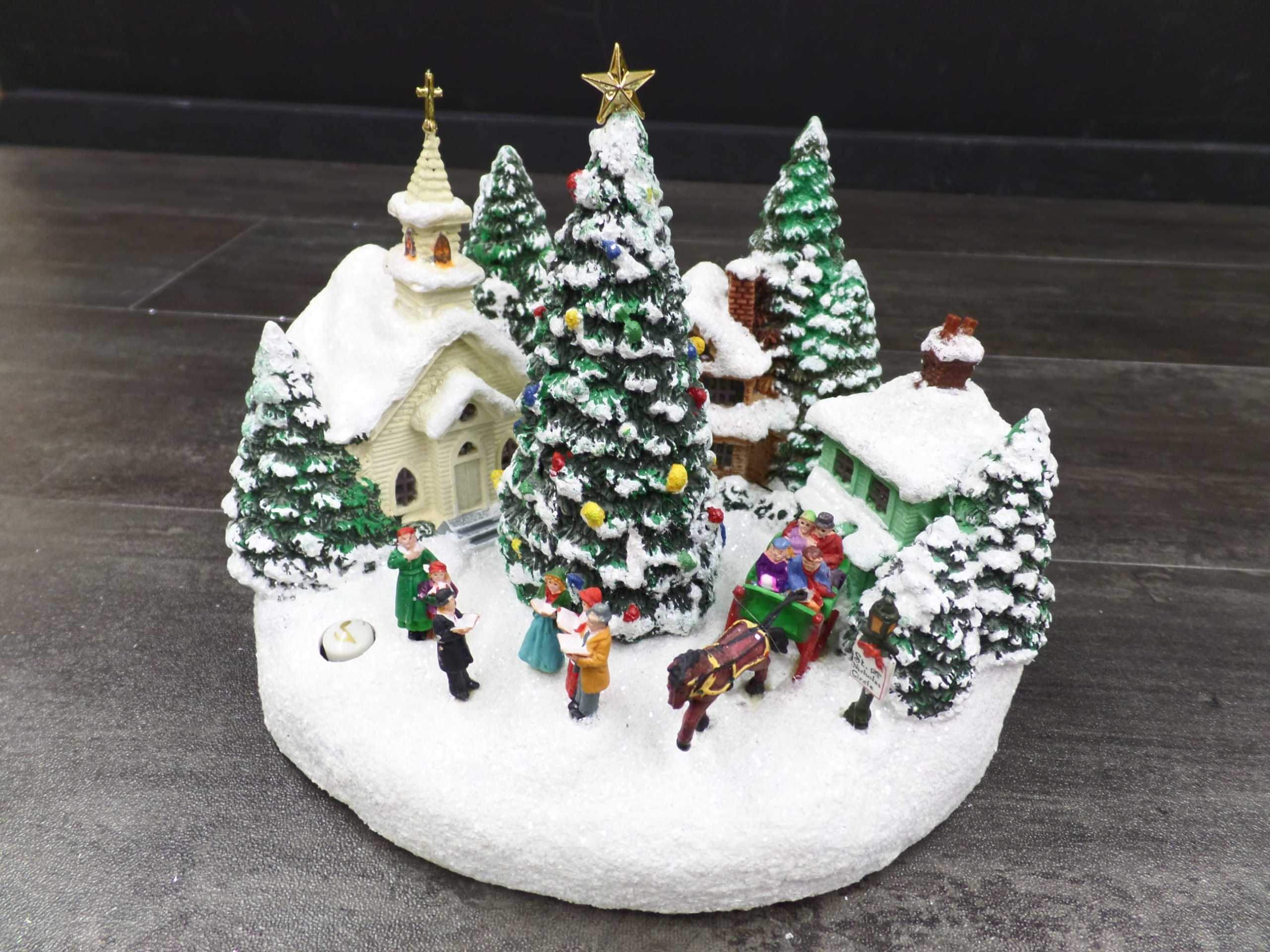 2011 THOMAS KINKADE MINI CHRISTMAS VILLAGE <br/> Donated by: WPBS SUPPORTER <br/> Valued at: $60