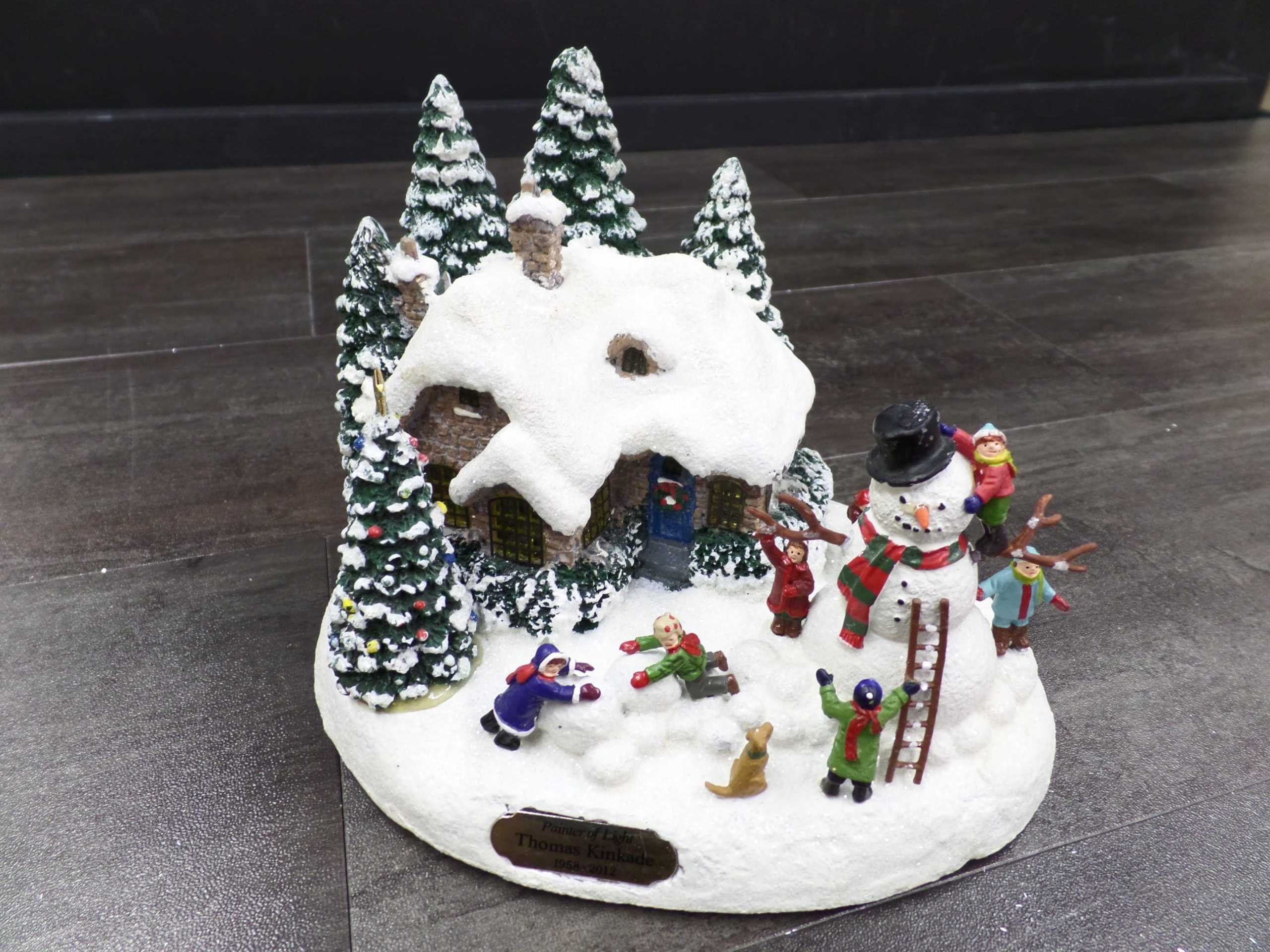 2012 THOMAS KINKADE CHRISTMAS VILLAGE COTTAGE <br/> Donated by: WPBS SUPPORTER <br/> Valued at: $30 <br/> Buy It Now: $20