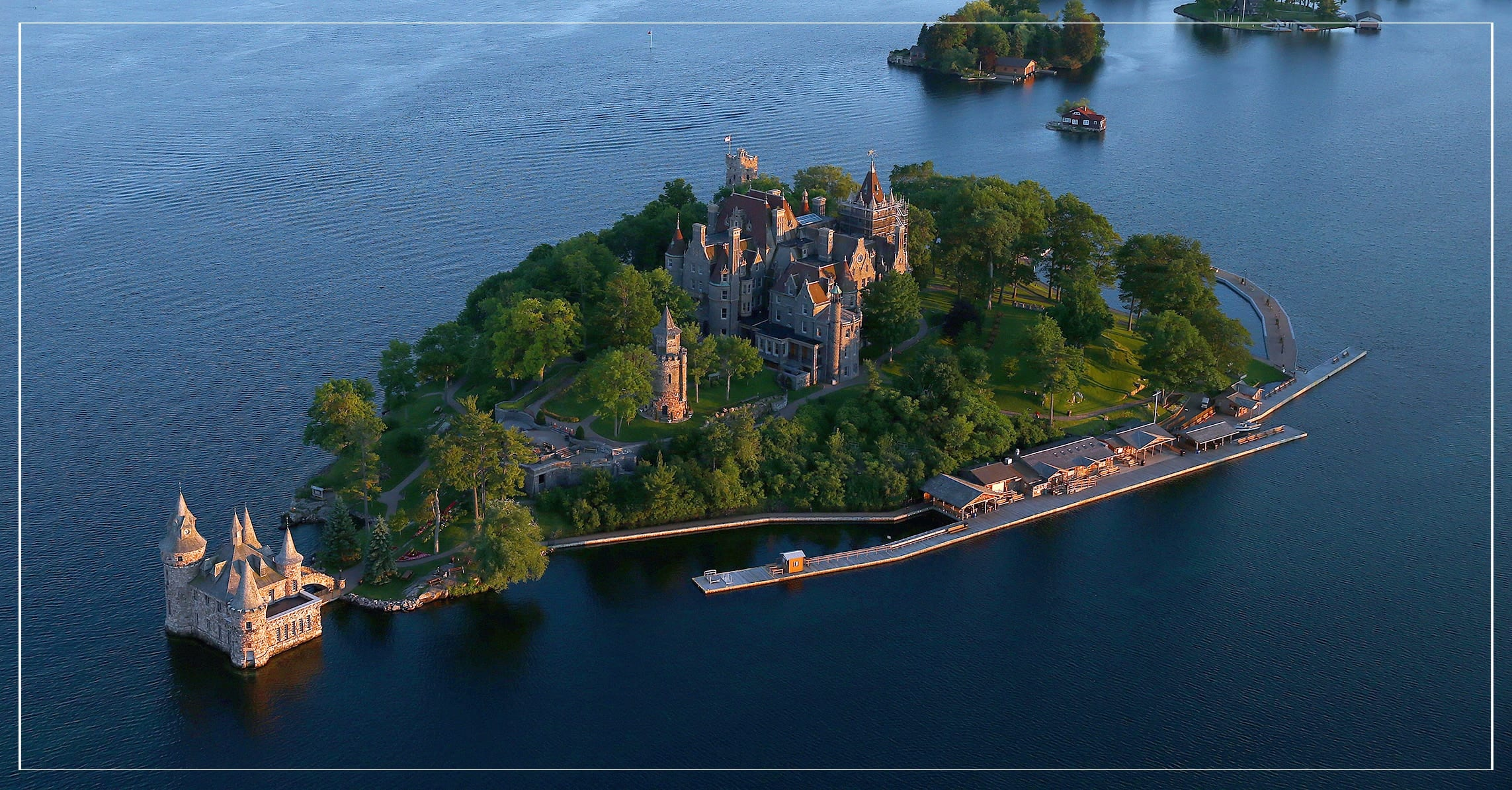 4 ADULT ADMISSION TICKETS <br/> Donated by: 1000 ISLANDS BRIDGE AUTHORITY/BOLDT CASTLE <br/> Valued at: $58