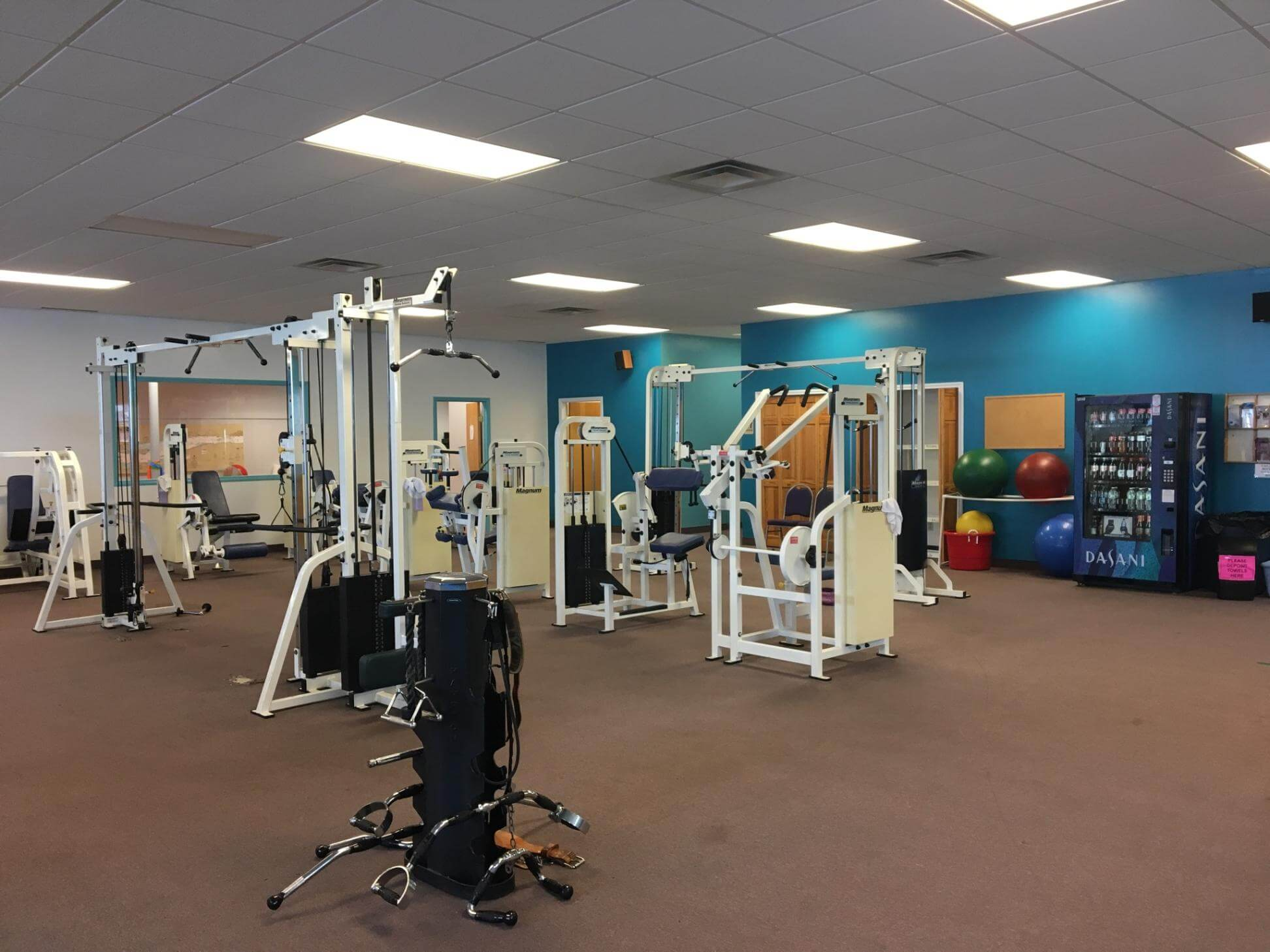 1 YEAR FAMILY MEMBERSHIP  Donated by: NORTHERN PHYSICAL THERAPY & FITNESS  Valued at: $1,200  Buy It Now: $300