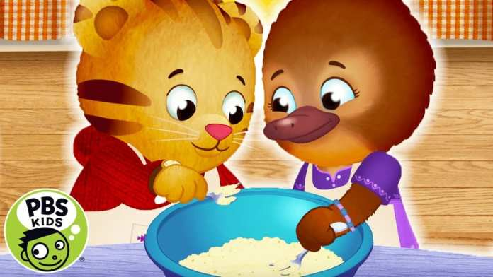 Daniel Tiger's Neighborhood | We're Baking Treats! | PBS KIDS