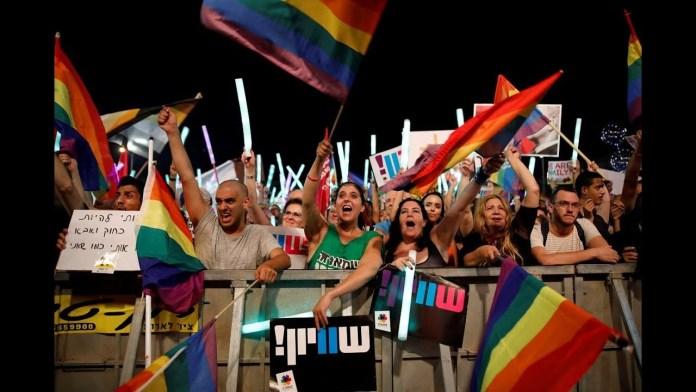 PBS NewsHour Weekend full episode July 22, 2018