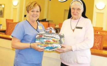 Sister Turns Plastic Bags into Useful Items to Share