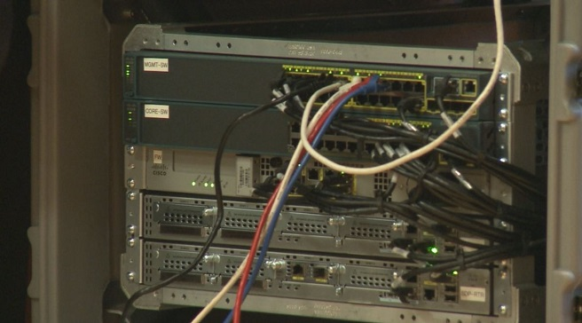 internet-cables-connections-computer_170723