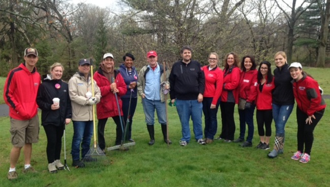 Eyewitness News Earth Day cleanup_293596