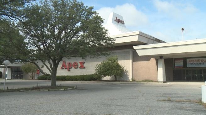 Apex building in Pawtucket_444565
