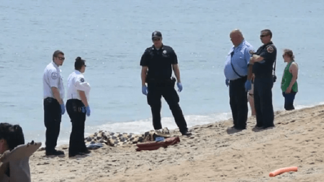 Body washes up on Massachusetts shore in front of beachgoers_494825