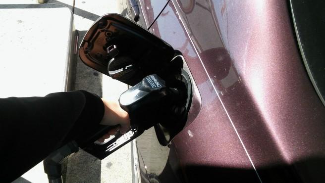gas pump_572275