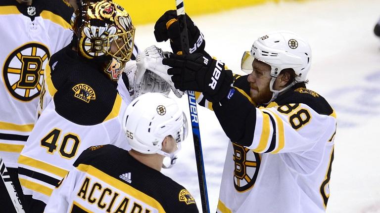 Bruins Maple Leafs Hockey_1556044490111