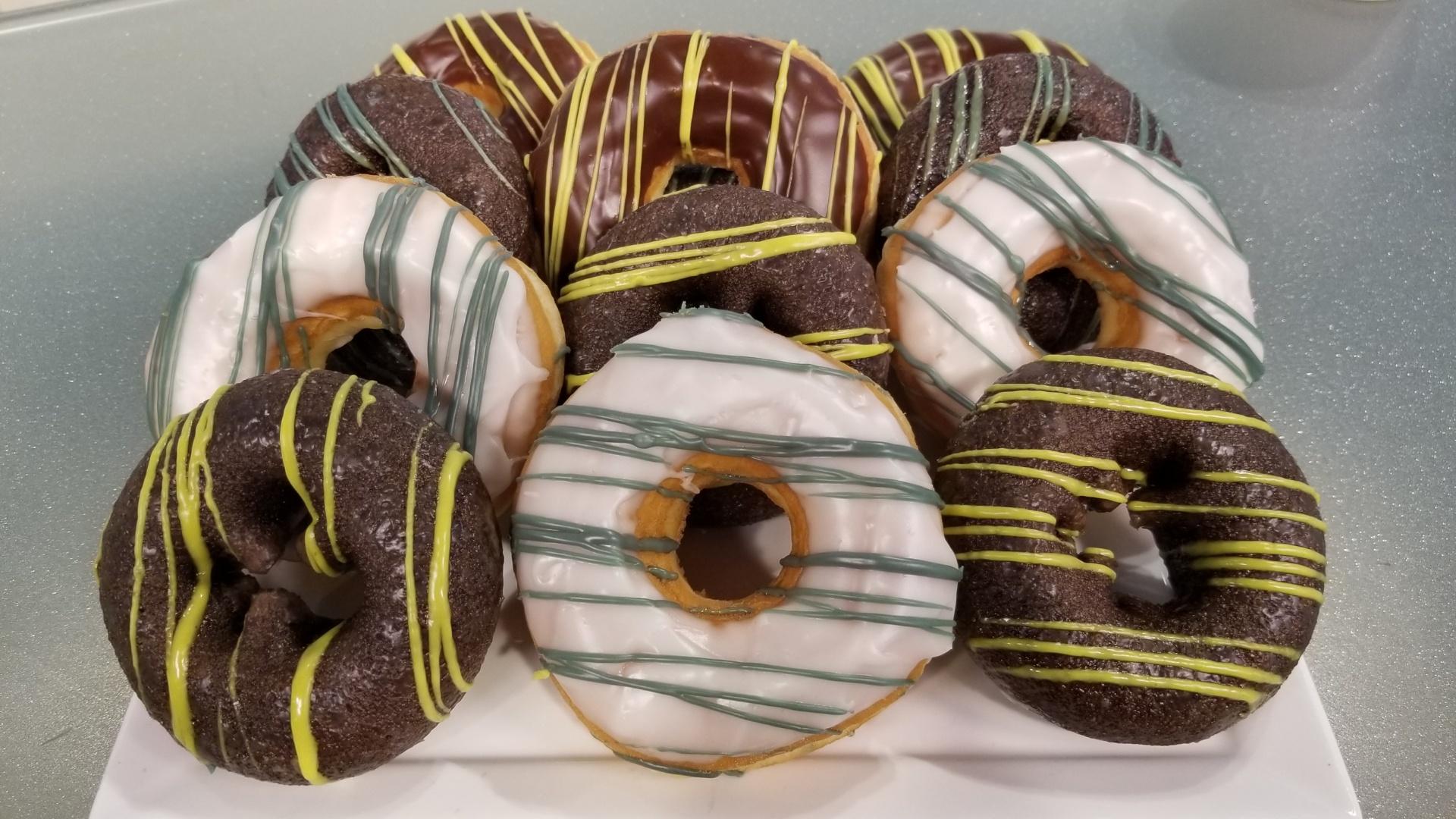 celtics and bruins donuts_1554907704190.jpg.jpg