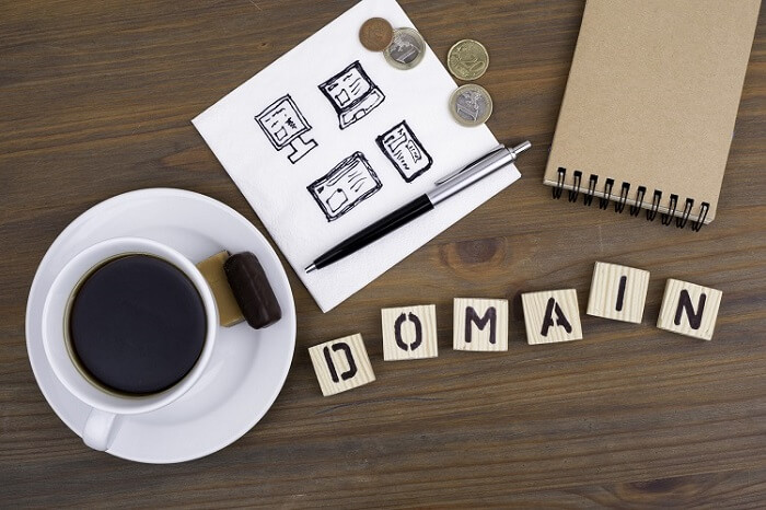 10 Essential Tips To Choose a Domain Name