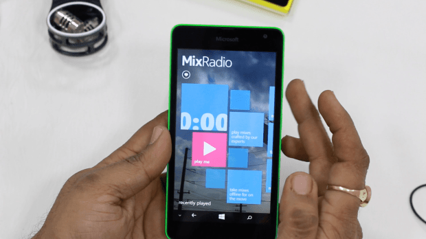 Lumia 535 MixRadio