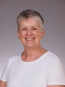 Mrs Mandy Mills