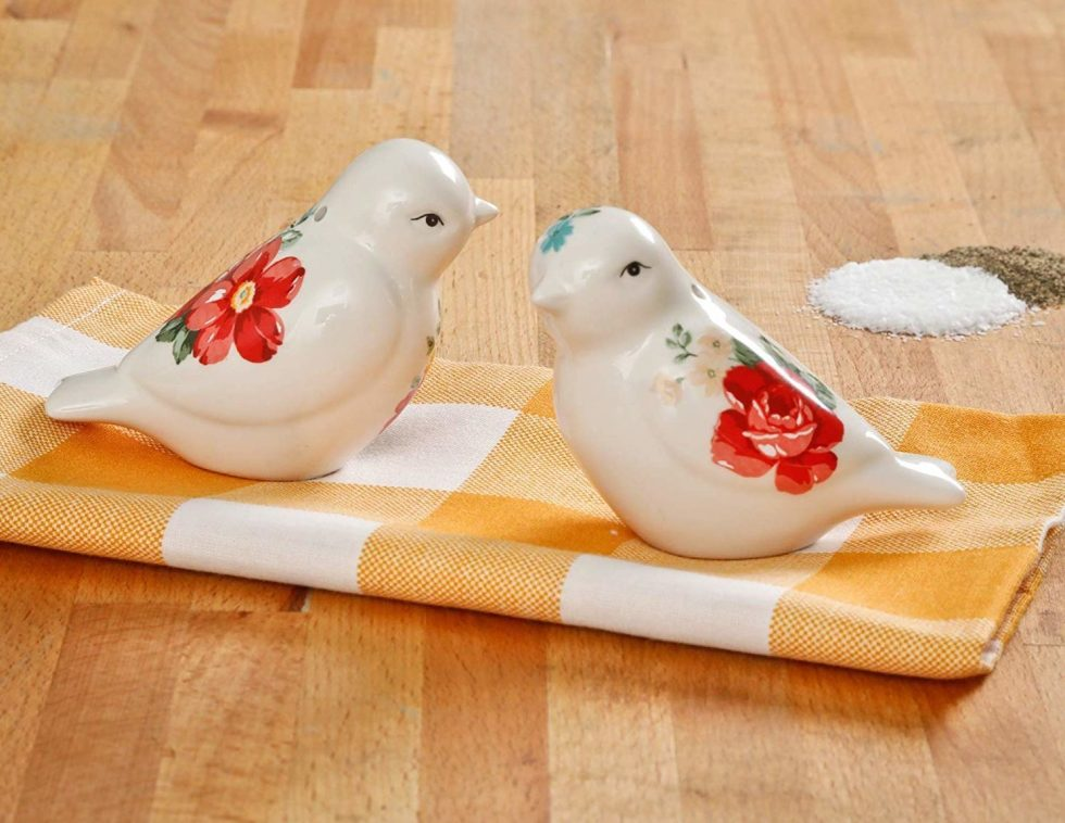 Salt and Pepper Shakers bird lover gifts