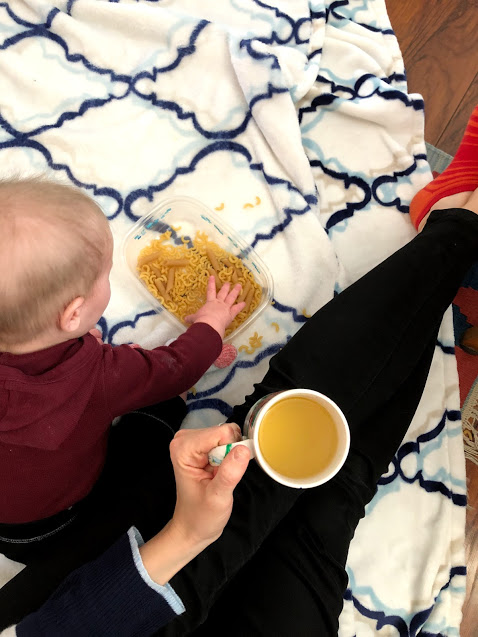 8 Activities To Keep Your Toddler Busy When You Are Sick