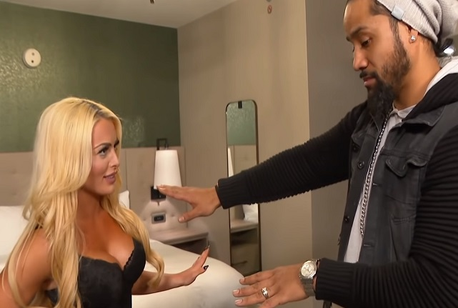 Mandy Rose welcomes Jimmy Uso to her hotel room and tries seducing him