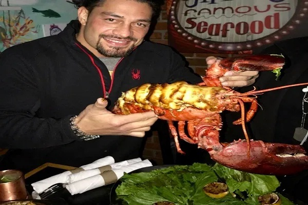 See Real-Life Diet of Roman Reigns