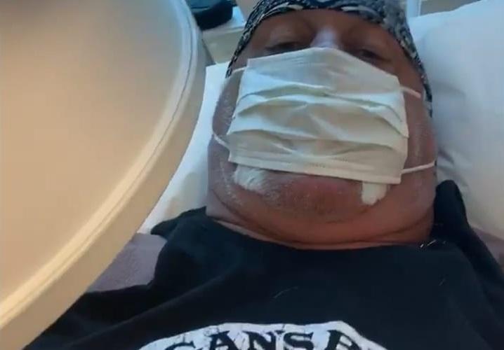 Hulk Hogan Reveals He's Back in the Hospital
