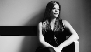 [LISTEN] Arts on Fire – Interview with Liz Longley