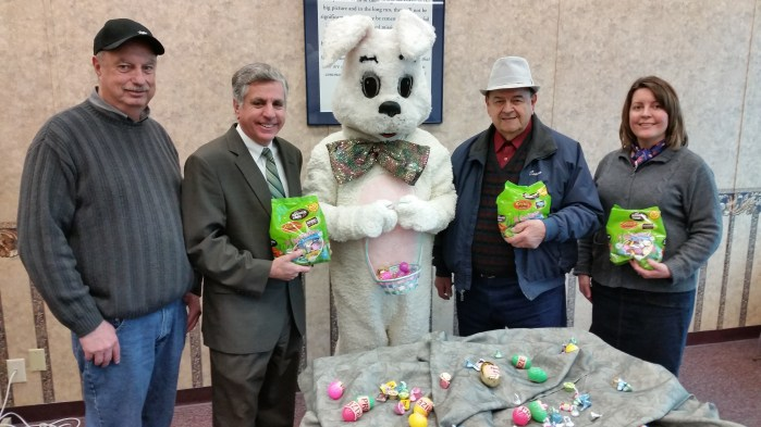 Pictured Left to Right: Parks Manager John Williams, Mayor Sam Teresi, Easter Bunny, Sertoma Club's Cosmo DeMaio, Recreation Coordinator Julia Ciesla-Hanley