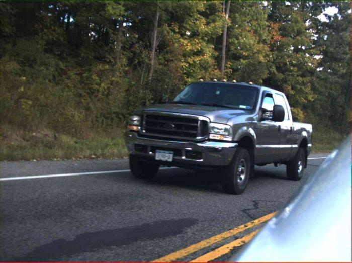 An image of a 2004 Ford F250 that is similar to what Robbins is believed to be driving.