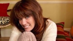 [LISTEN] Arts on Fire – WRFA Interviews Michigan-Based Singer Songwriter Jill Jack