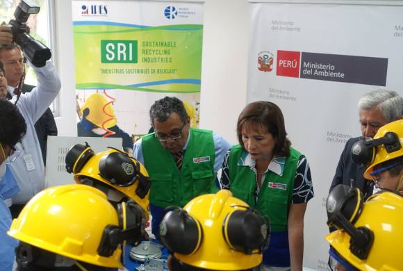 """""""Our Recyclers are our Future Miners"""", Peru Vice Minister Says"""
