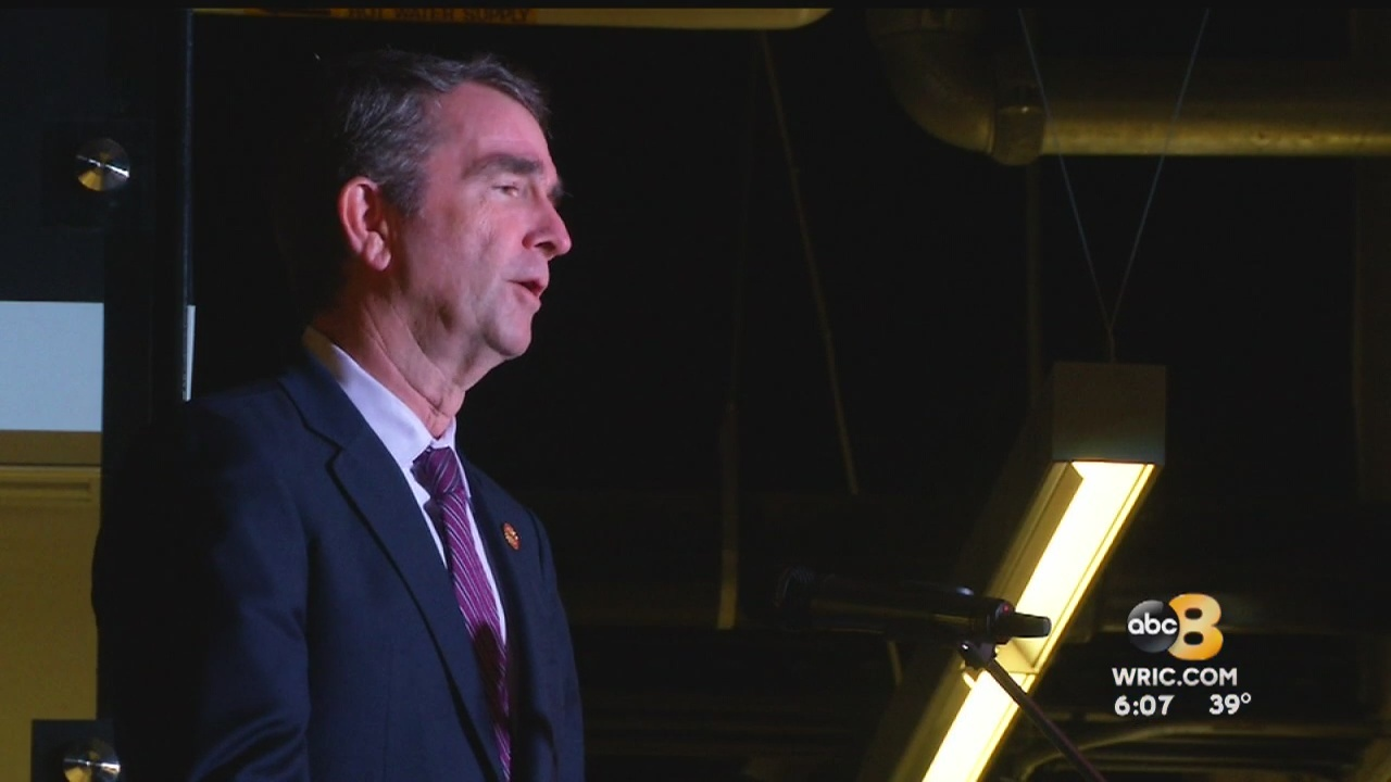 Gov. Northam makes appearance, speaks at Richmond Slave Trail Commission exhibition opening