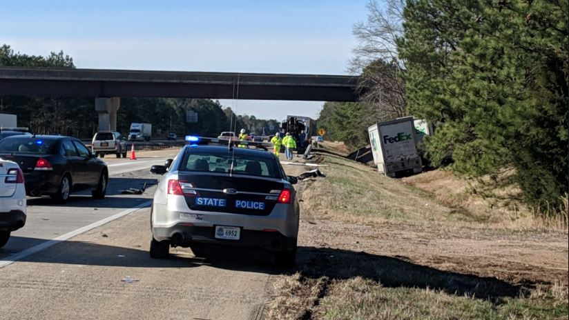 Crash involving FedEx truck closes portion of I-295 in Henrico County