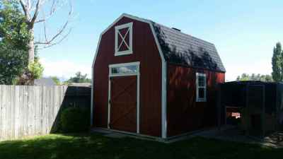 chatelain farm style shed