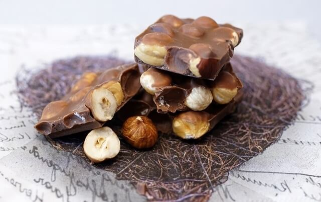 Nuts & Seeds Are Best For Anti Aging Skin Care