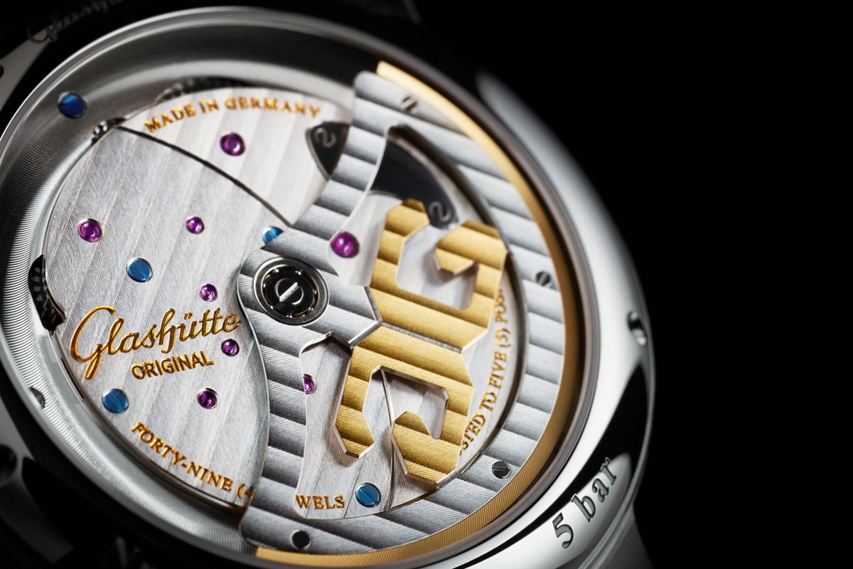 glashutte-original-PanoMaticInverse-steel-02