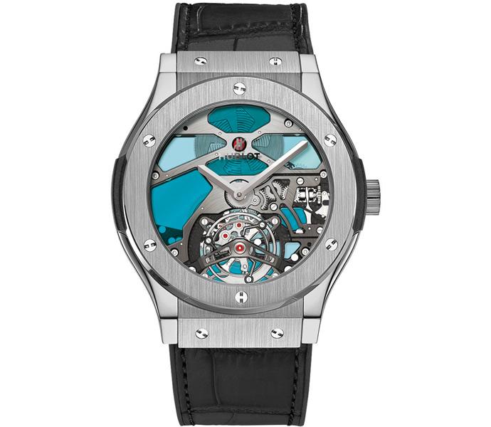 hublot-classic-fusion-tourbillon-vitrail-blue 1