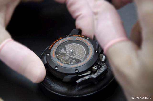 GRAHAM-Chronofighter-Superlight-Carbon-09