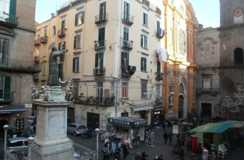 Neapol dla zuchwałych. Dlaczego warto go odwiedzić?