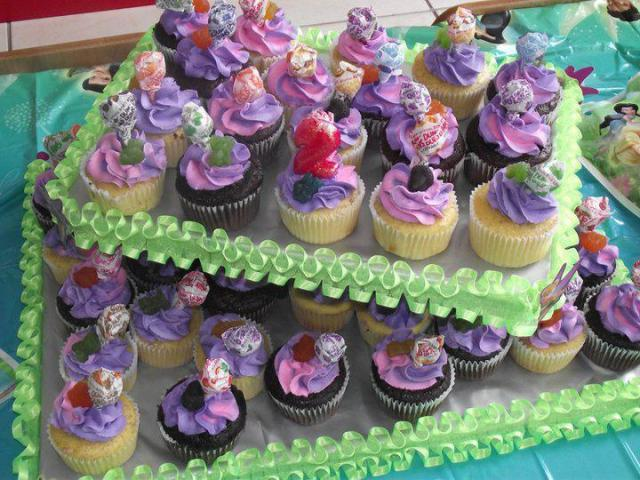 Authoress Evelyn Jackson cupcakes pastry business