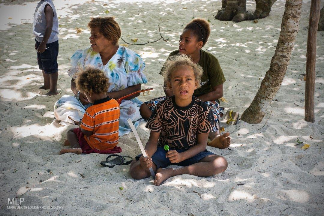 Mystery Island, Vanuatu, Island, Beach, South Pacific, Tropical, women, children