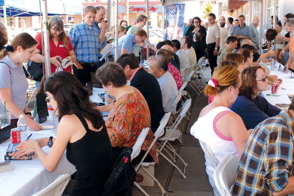 On the day after the event, Mysterious Galaxy bookstore in San Diego hosted a large signing for WotF winners and judges.