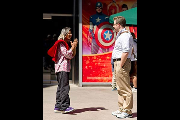 Auston Habershaw talkin to a stranger